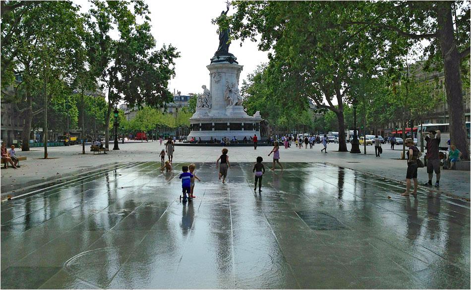 Place Republique Parijs