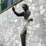 Man-uit-de-muur Montmartre Parijs