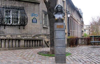 parijsmijnstad - Place Dalida Parijs